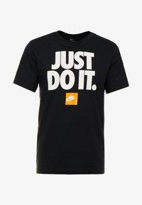 Nike Sportswear - TEE - T-shirt con stampa - black - 3