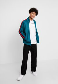 Nike Sportswear - TEE - Camiseta estampada - white - 1