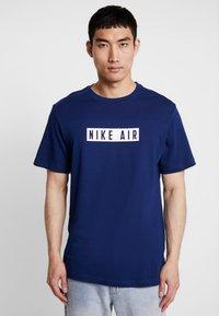 Nike Sportswear - TEE NIKE AIR  - Print T-shirt - blue void/white - 0