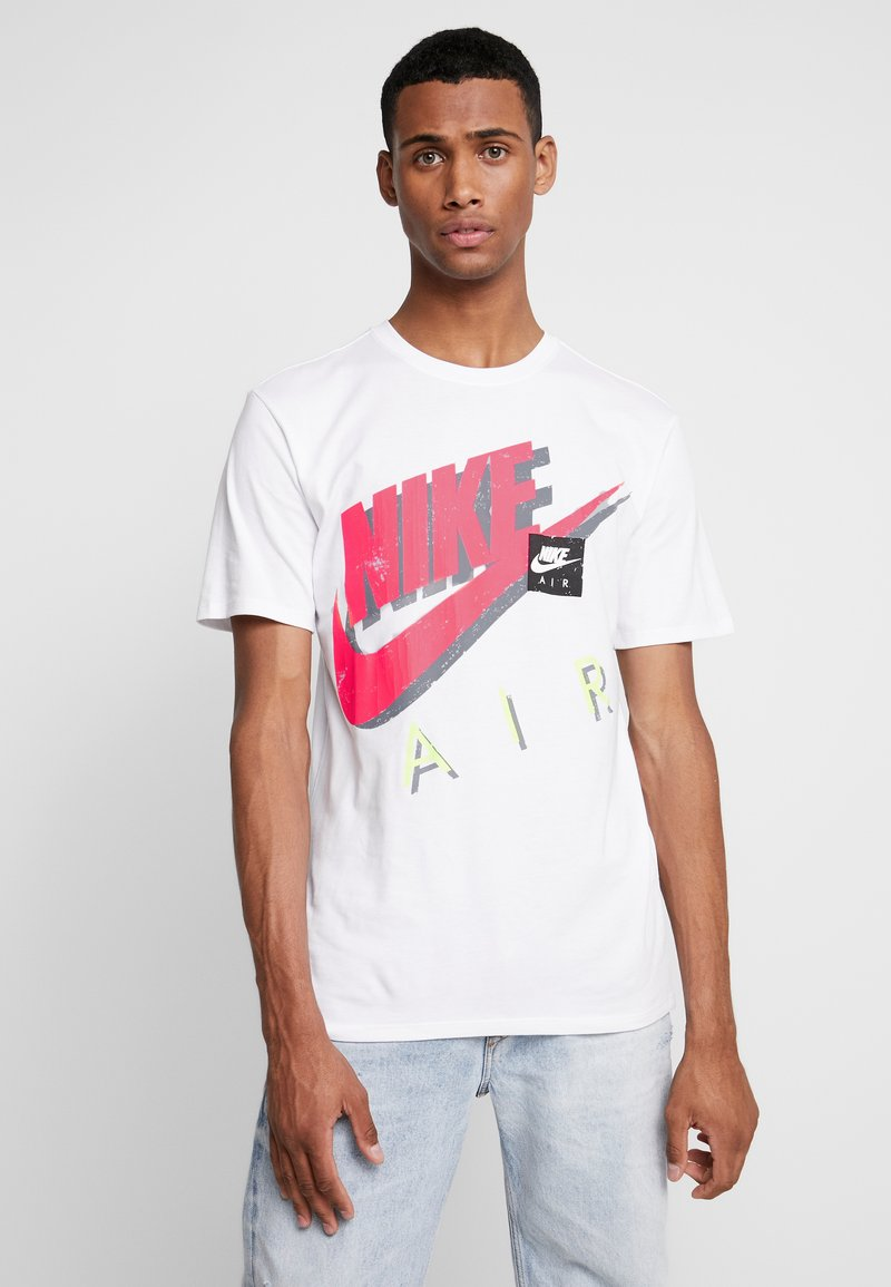 Nike Sportswear - TEE - Camiseta estampada - white