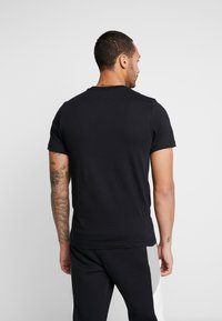 Nike Sportswear - TEE - T-shirts med print - black - 2