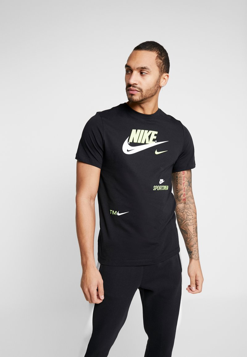 Nike Sportswear - TEE - T-shirts med print - black