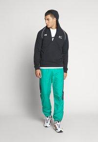 Nike Sportswear - Print T-shirt - white/black - 1