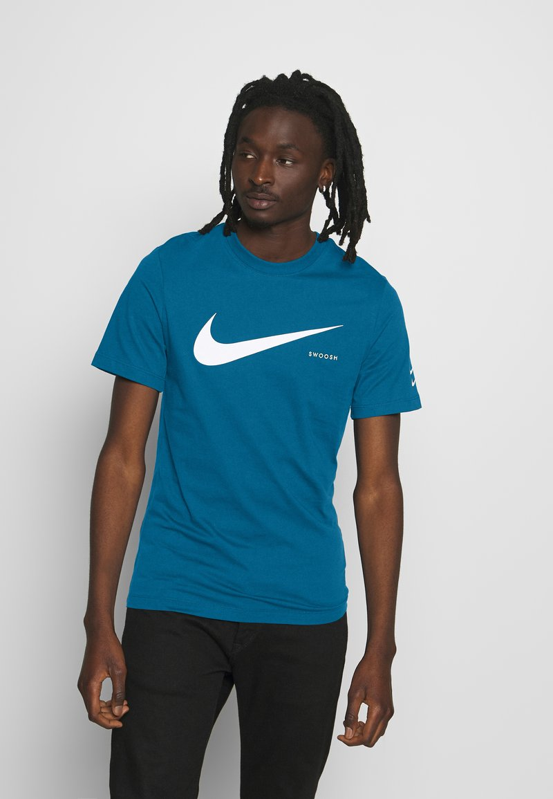 Nike Sportswear - T-shirt con stampa - blue