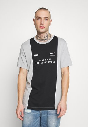 TEE - Print T-shirt - smoke grey/black/white