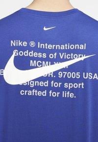 Nike Sportswear - Långärmad tröja - deep royal blue - 4