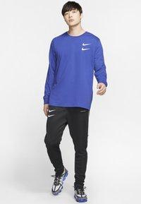 Nike Sportswear - Långärmad tröja - deep royal blue - 1