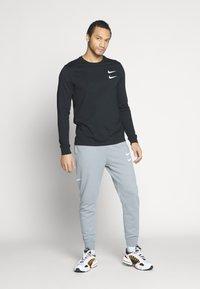 Nike Sportswear - T-shirt à manches longues - black - 1