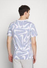 Nike Sportswear - HAND DRAWN TEE - Print T-shirt - deep royal blue/white - 2