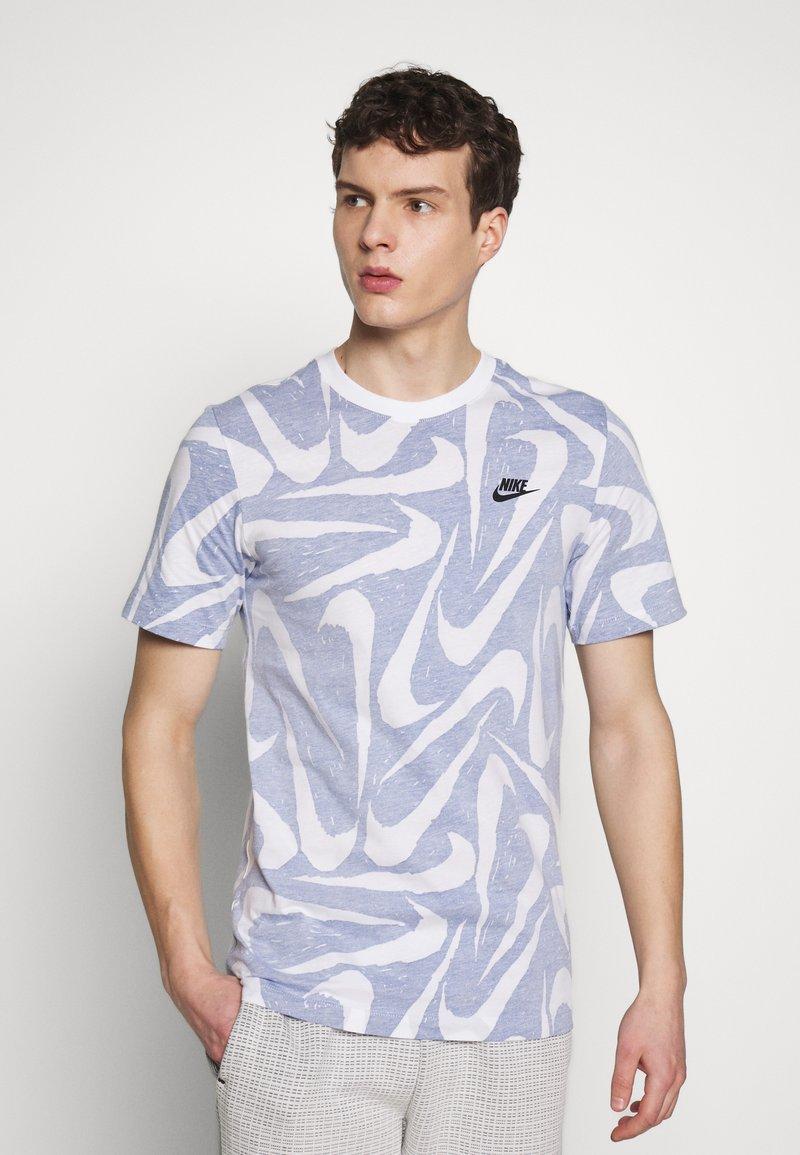 Nike Sportswear - HAND DRAWN TEE - Print T-shirt - deep royal blue/white