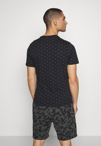 Nike Sportswear - TEE MINI - T-shirt imprimé - black/grey - 2