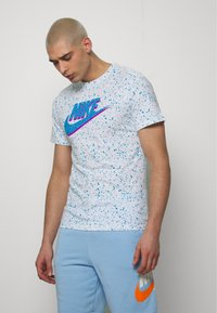 Nike Sportswear - PRINT PACK - T-shirt imprimé - white - 0