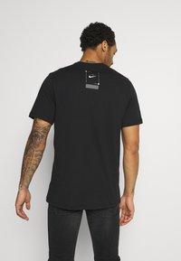 Nike Sportswear - TEE - T-shirt print - black - 2