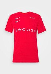 Nike Sportswear - Print T-shirt - red - 4