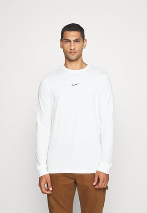Long sleeved top - sail