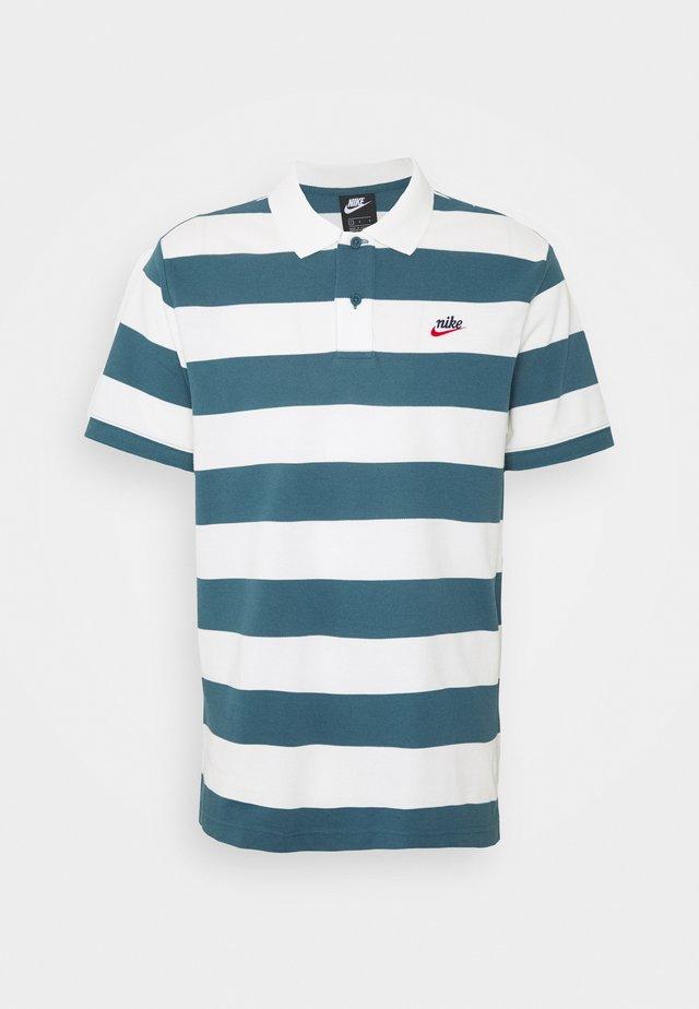 STRIPE - Polo shirt - ash green/sail