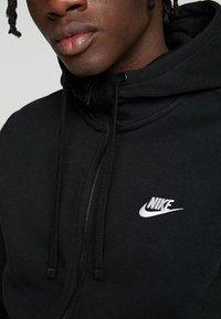 Nike Sportswear - CLUB FULL ZIP HOODIE - Huvtröja med dragkedja - black/black/white - 5