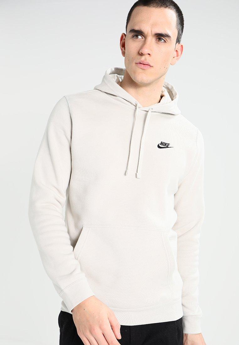 Nike Sportswear - CLUB HOODIE - Kapuzenpullover - light bone/black