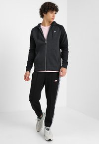 Nike Sportswear - OPTIC HOODIE - Sudadera con cremallera - black - 1
