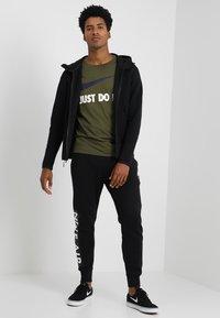 Nike Sportswear - TECH FULLZIP HOODIE - Huvtröja med dragkedja - black - 1
