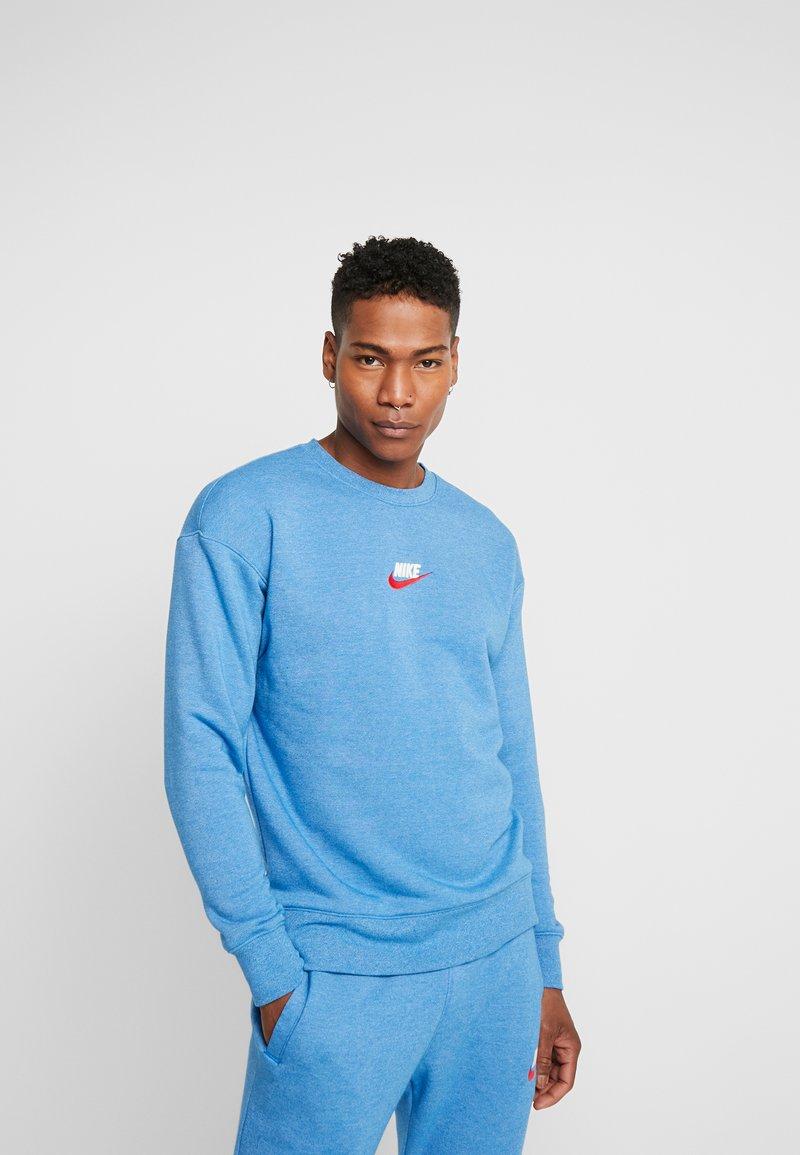 Nike Sportswear - HERITAGE - Sweater - battle blue