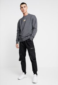 Nike Sportswear - HERITAGE - Sweatshirt - black heather - 1