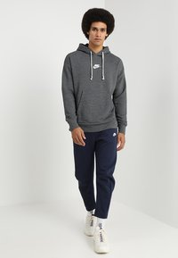 Nike Sportswear - HERITAGE HOODIE - Hoodie - black/sail - 1