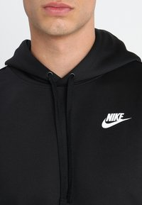 Nike Sportswear - REPEAT HOOD - Sweat à capuche - black/white - 3