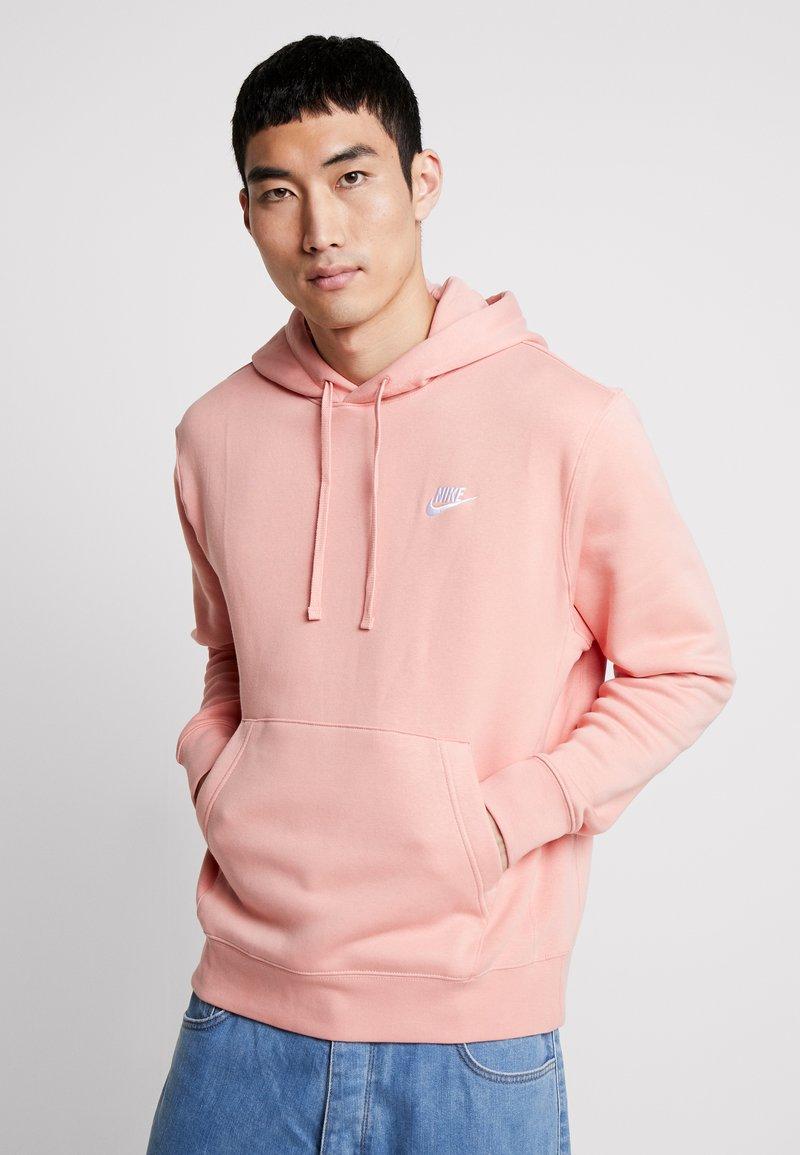 Nike Sportswear - CLUB HOODIE - Bluza z kapturem - pink quartz/white