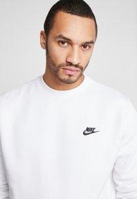 Nike Sportswear - CLUB - Sweatshirt - white - 4