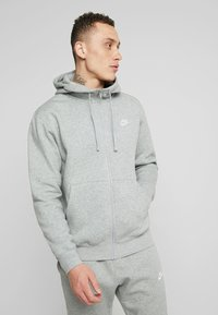 Nike Sportswear - CLUB HOODIE - Huvtröja med dragkedja - dark grey heather/matte silver/white - 0