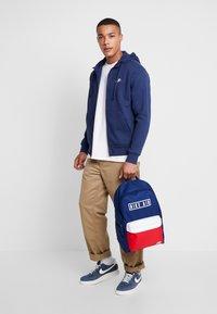 Nike Sportswear - veste en sweat zippée - midnight navy/white - 1