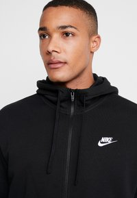 Nike Sportswear - CLUB HOODIE - Collegetakki - black/white - 3