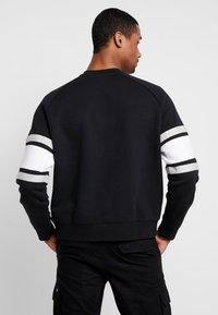 Nike Sportswear - AIR CREW  - Sweatshirt - black/white/grey heather - 2