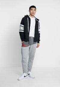 Nike Sportswear - HOODIE - Hoodie met rits - black/white/grey heather - 1