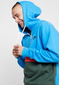 Nike Sportswear - CLUB HOODIE - Hoodie - photo blue/galactic jade/white - 6