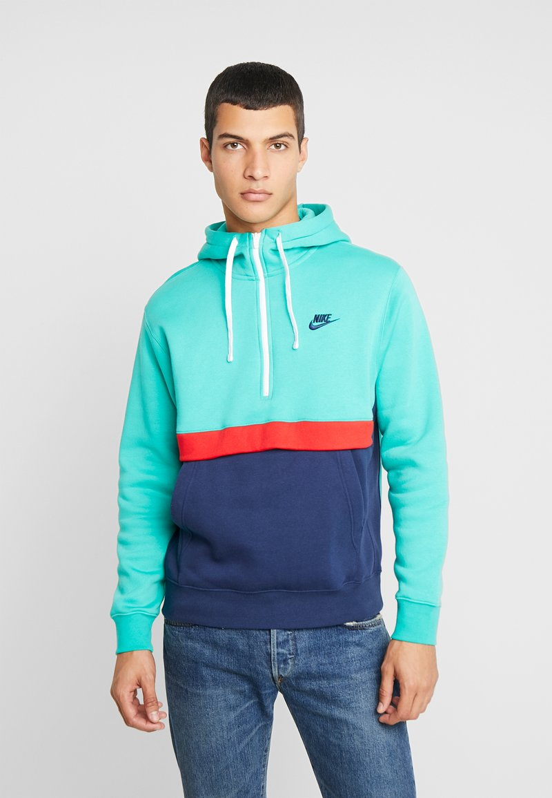 Nike Sportswear - CLUB HOODIE - Hoodie - kinetic green/midnight navy/white