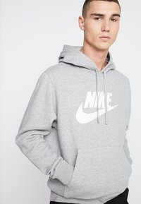 Nike Sportswear - CLUB - Felpa con cappuccio - dark grey heather/dark steel grey/white - 5