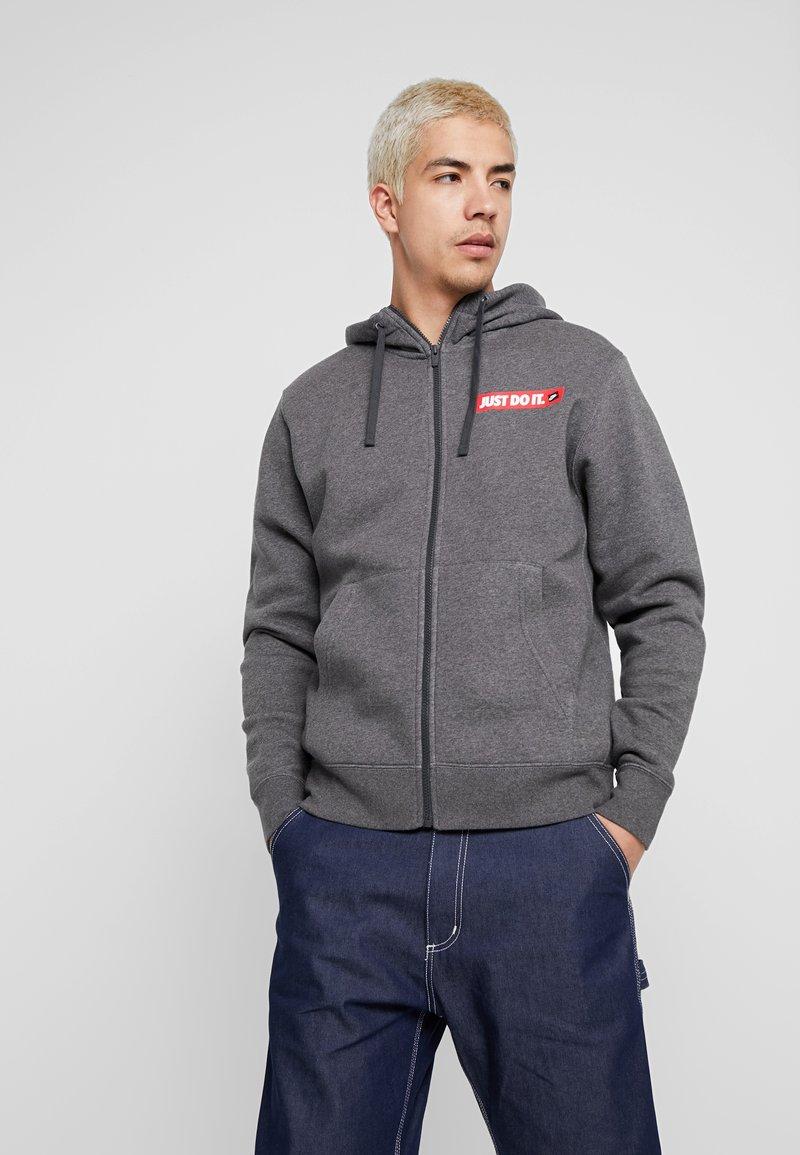 Nike Sportswear - HOODIE  - Huvtröja med dragkedja - charcoal heather