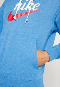 Nike Sportswear - HERITAGE HOODIE  - Hoodie - battle blue heather - 3