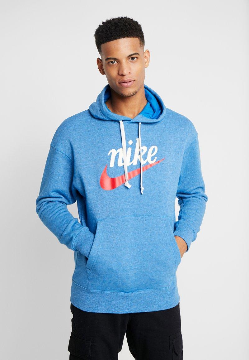 Nike Sportswear - HERITAGE HOODIE  - Hoodie - battle blue heather