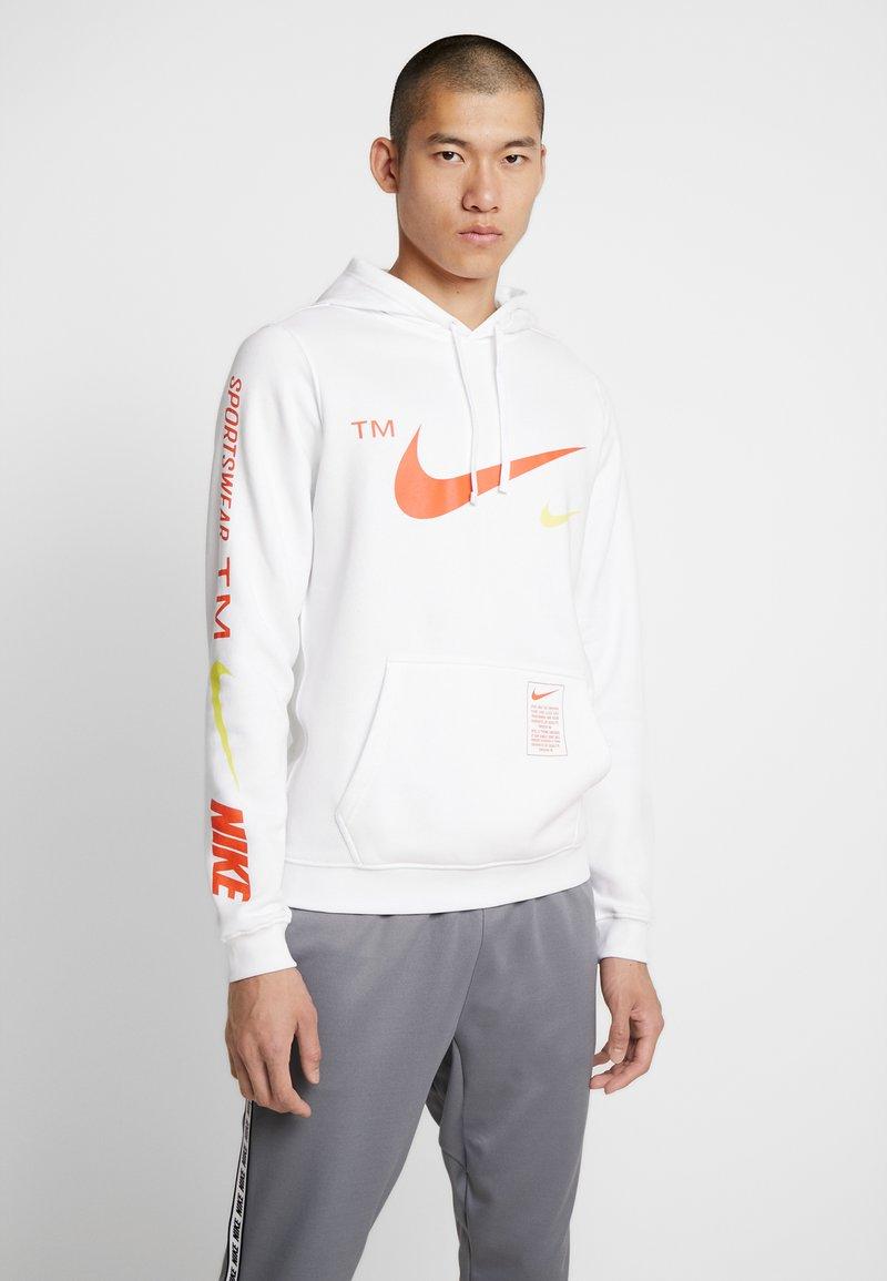 Nike Sportswear - CLUB HOODIE - Hoodie - white