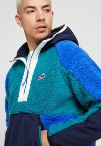 Nike Sportswear - HOODIE - Hoodie - geode teal/obsidian/game royal - 4