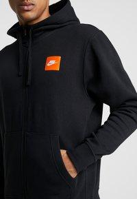 Nike Sportswear - HOODIE - Hoodie met rits - black/white - 5