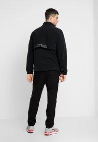 Nike Sportswear - Fleecejakke - black/white - 2