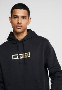 Nike Sportswear - HOODIE - Luvtröja - black - 5