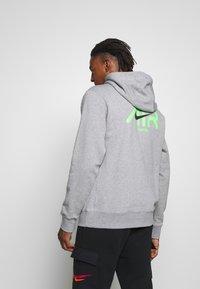 Nike Sportswear - HOODIE  - Hoodie - dark grey heather - 2