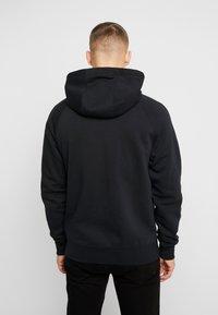 Nike Sportswear - HOODIE - Bluza z kapturem - black/white - 2