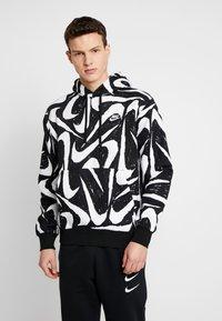 Nike Sportswear - CLUB HOODIE - Bluza z kapturem - black - 0
