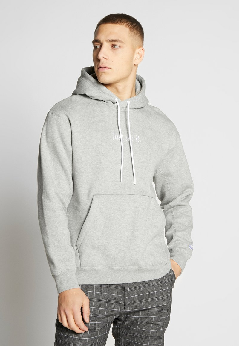 Nike Sportswear - HOODIE - Hoodie - grey heather